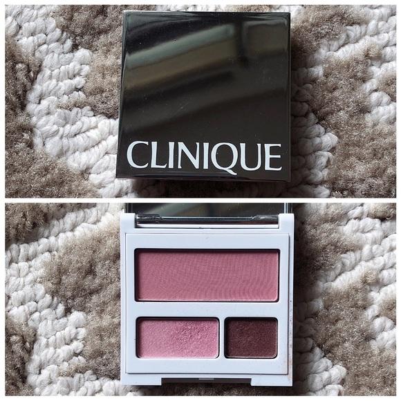 Clinique Travel Compact - Eyeshadow & Blush Set